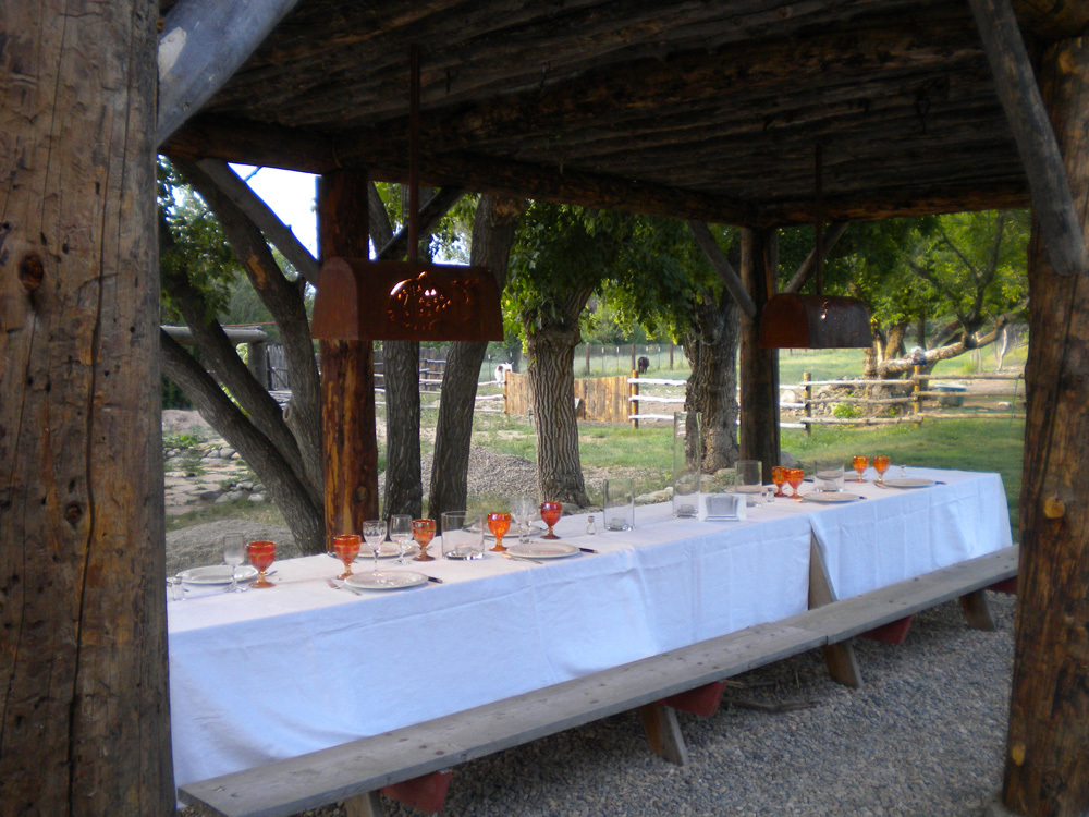 03 rustic outdoor dining in Taos