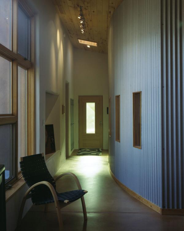 07 hallway 2