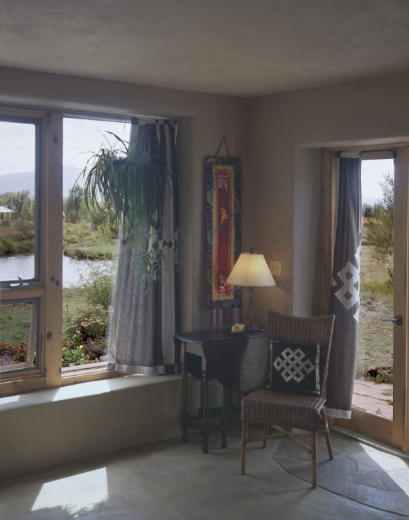 04 bedroom