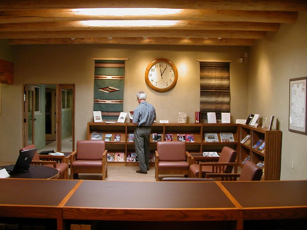 3 SMU library lounge, Taos